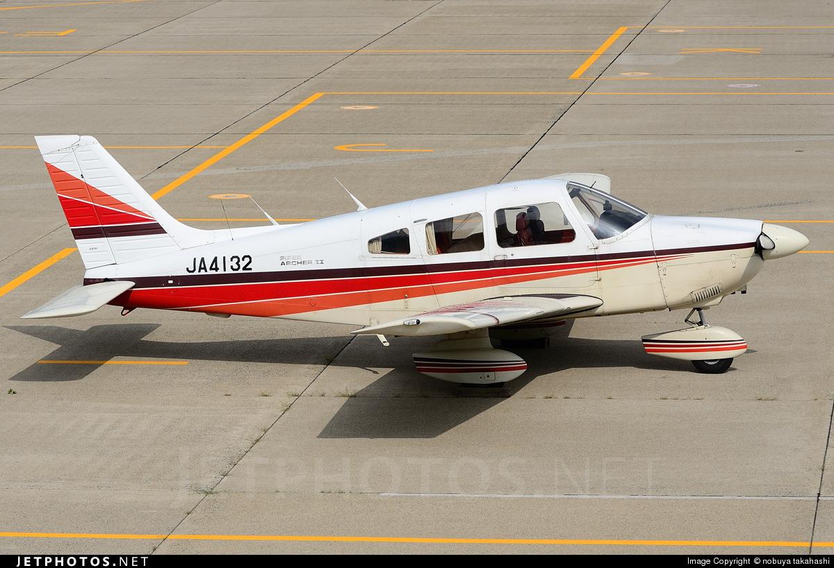 JA4132 - Piper PA-28-181 Archer II - Private