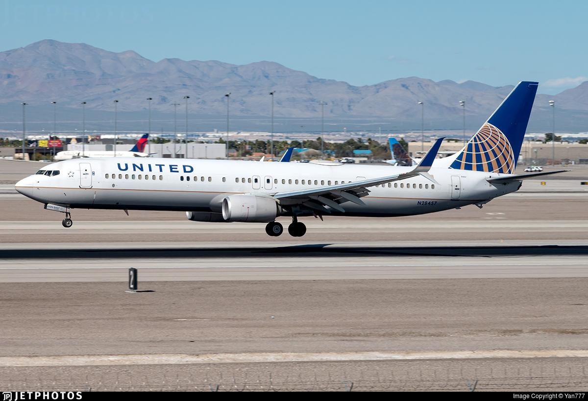 N28457 - Boeing 737-924ER - United Airlines