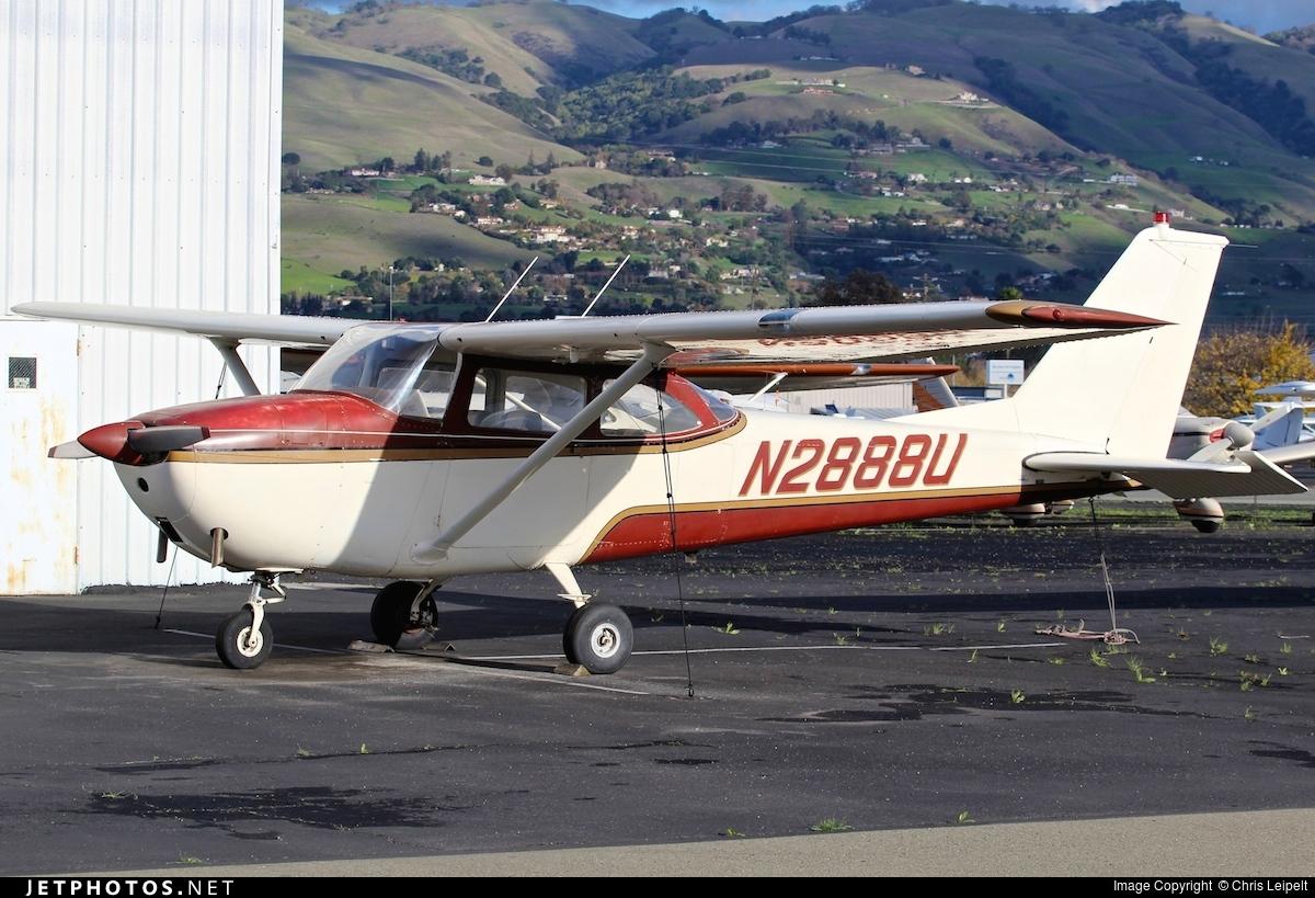 N2888U - Cessna 172D Skyhawk - Private