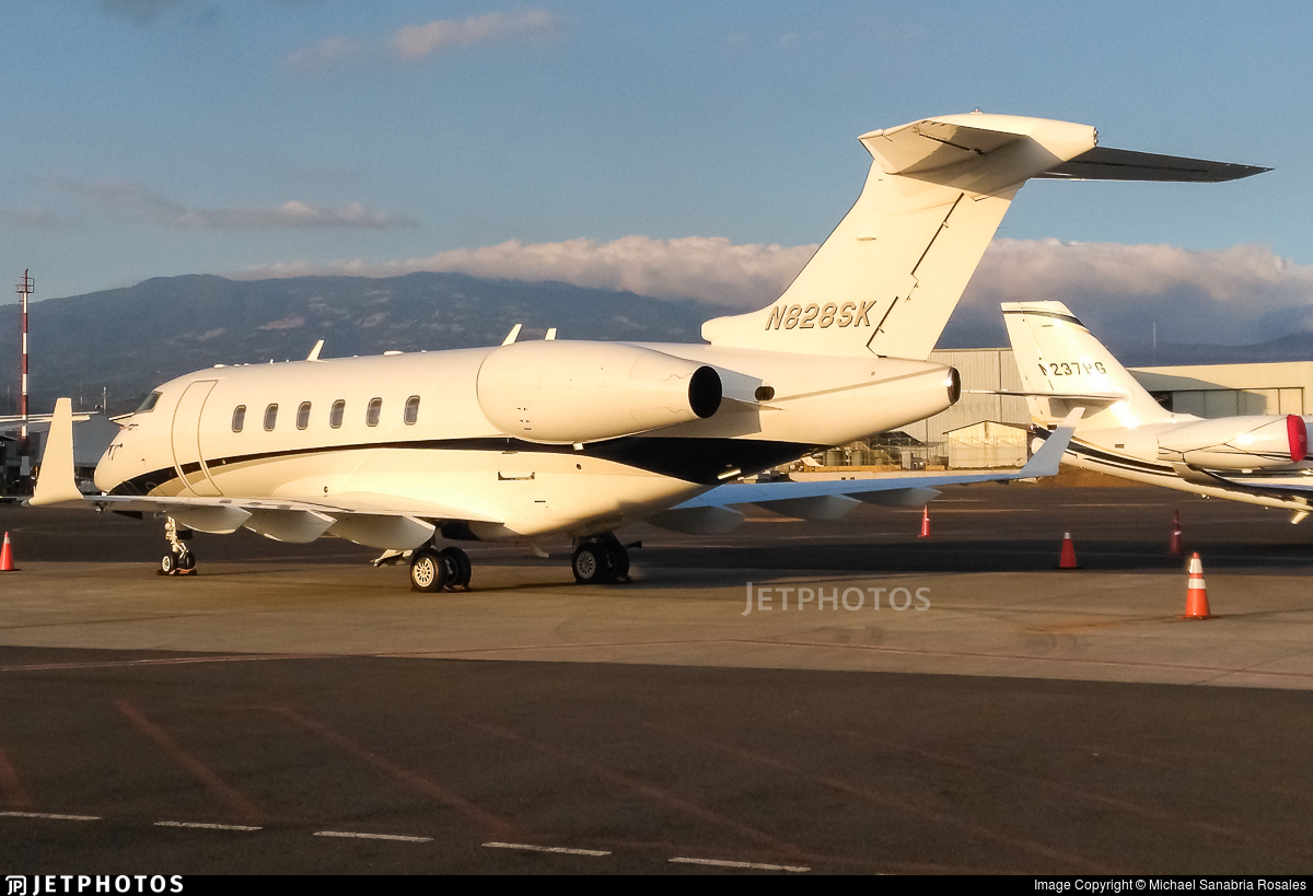 N828SK - Bombardier BD-100-1A10 Challenger 300 - Private