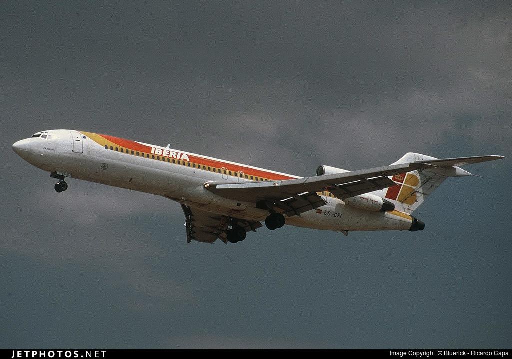 EC-CFI - Boeing 727-256(Adv) - Iberia