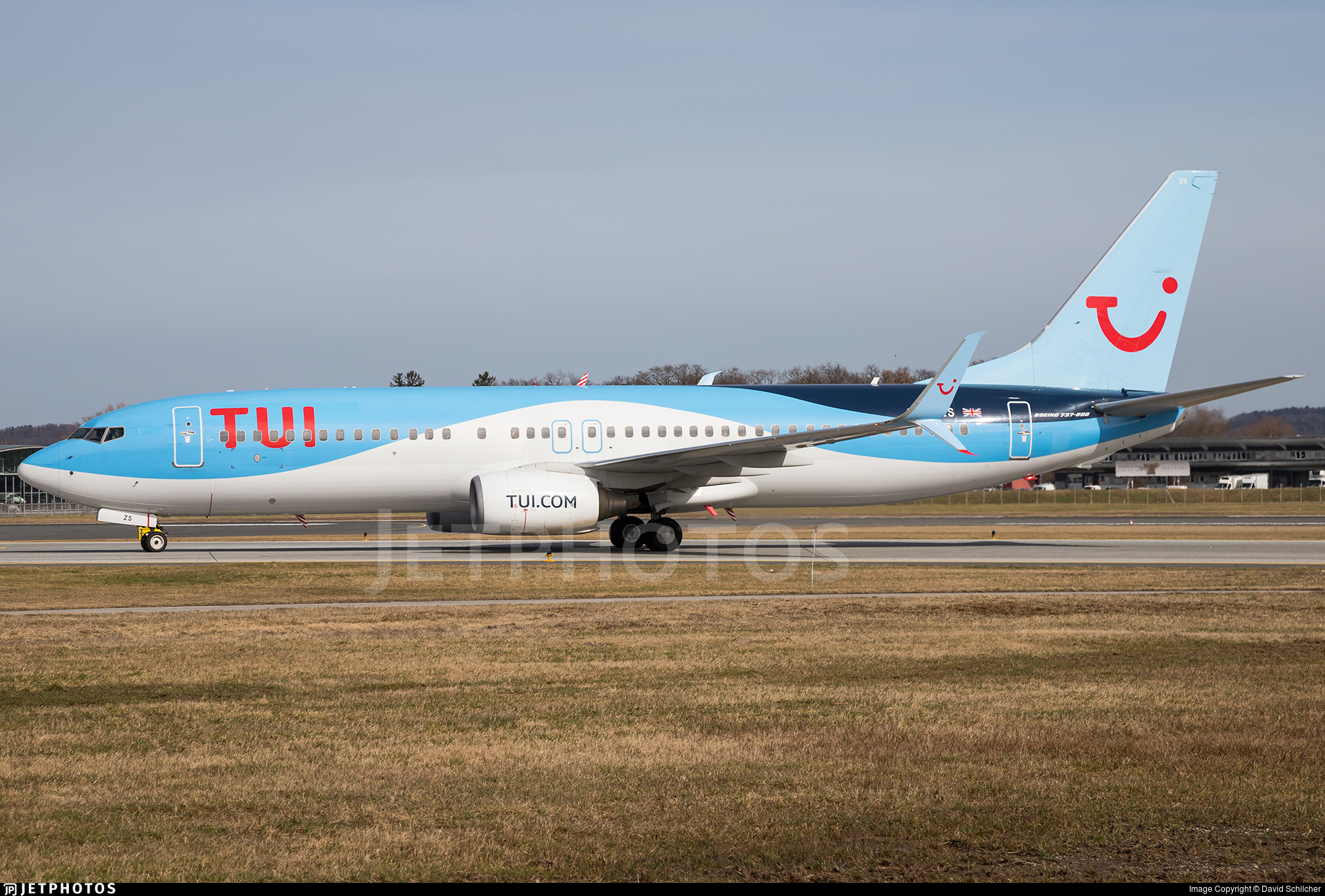 G-FDZS - Boeing 737-8K5 - TUI
