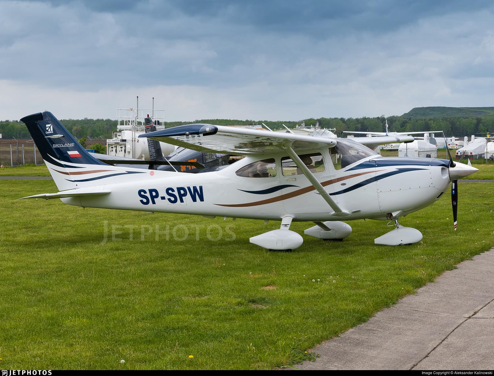 SP-SPW - Cessna 182T Skylane - Private