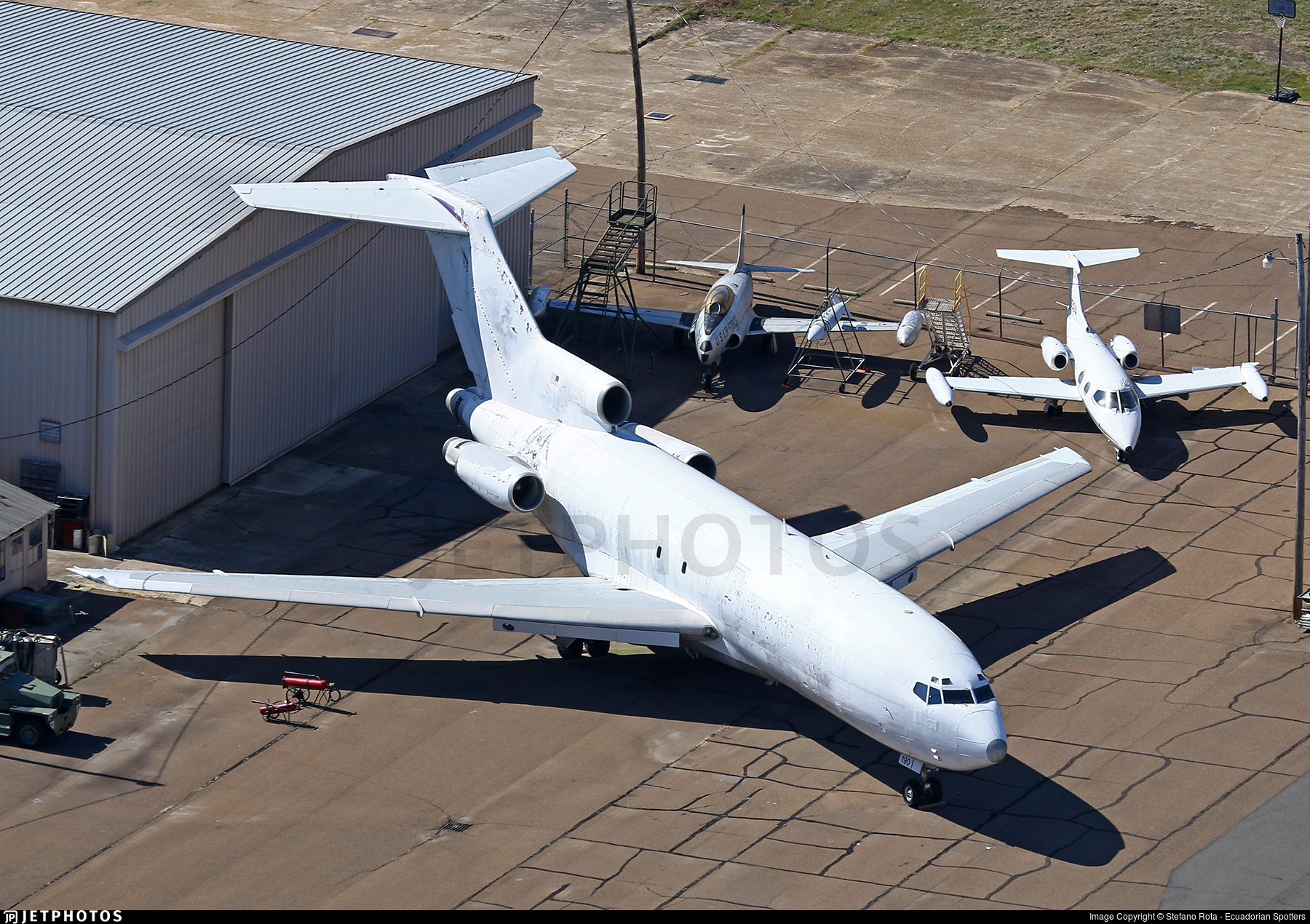 N190FE - Boeing 727-22(F) - Untitled