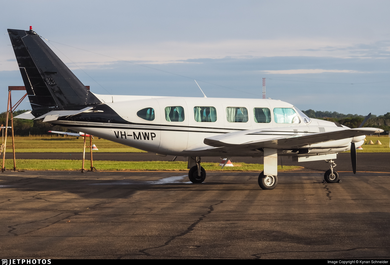 VH-MWP - Piper PA-31-350 Chieftain - Private