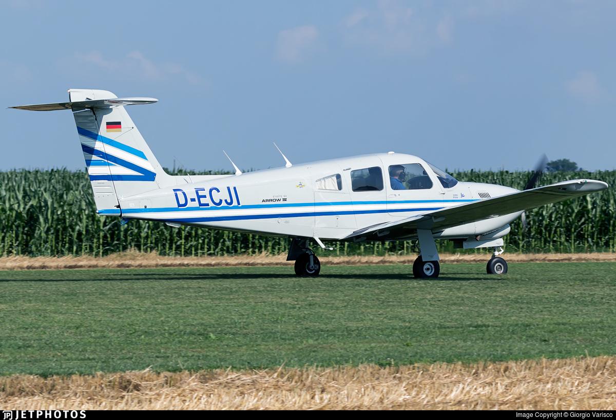 D-ECJI - Piper PA-28RT-201T Turbo Arrow IV - Private