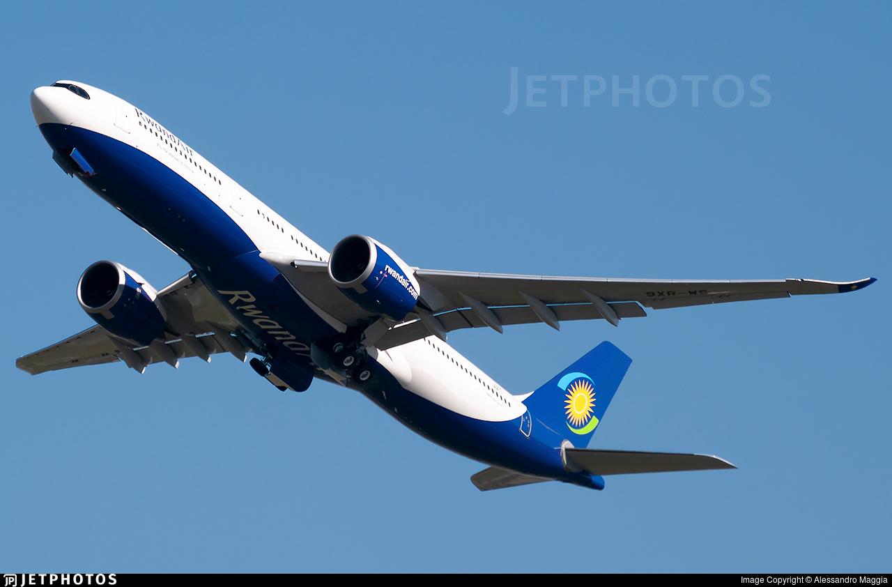 F-WWCJ - Airbus A330-941 - RwandAir