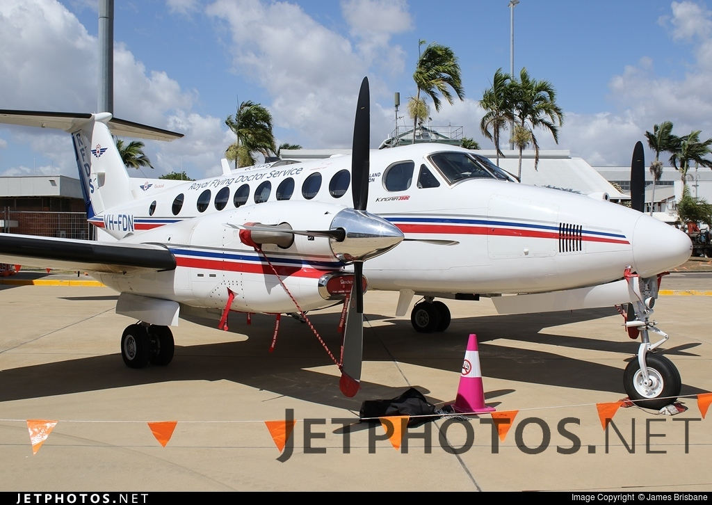 VH-FDN - Beechcraft B300C King Air 350C - Royal Flying Doctor Service of Australia (Queensland Section)