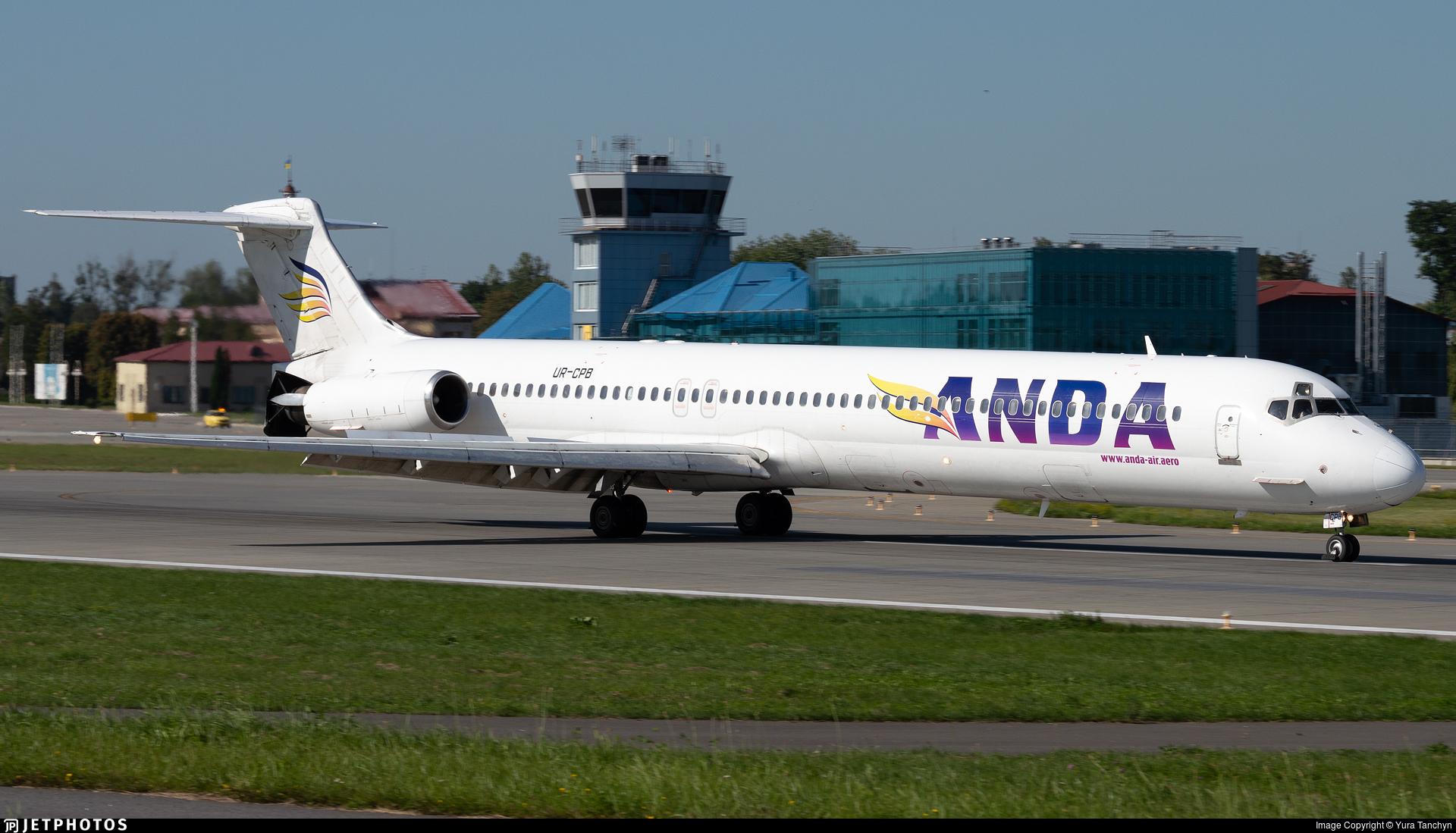 UR-CPB | McDonnell Douglas MD-83 | Anda Air | Yura Tanchyn