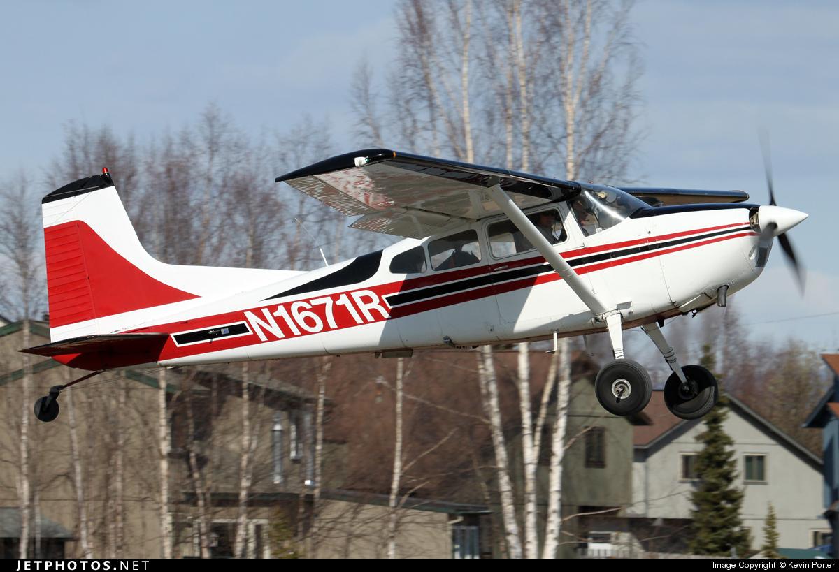 N1671R - Cessna A185F Skywagon - Private