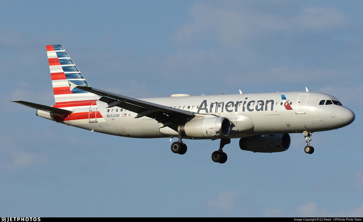N652AW - Airbus A320-232 - American Airlines
