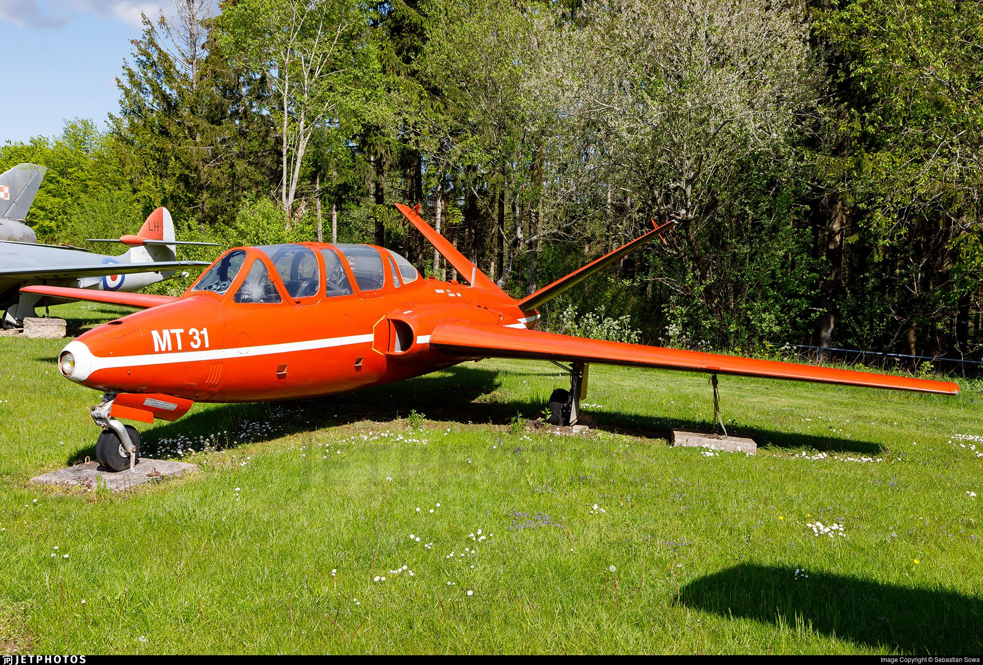410 - Fouga CM-170 Magister - France - Air Force