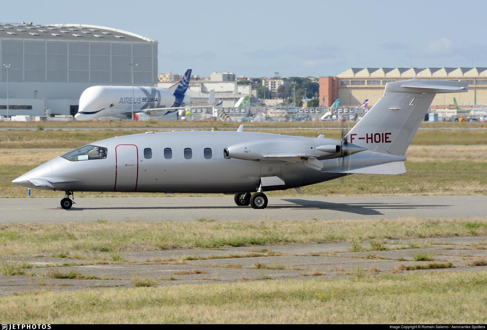F-HOIE - Piaggio P-180 Avanti II - Private