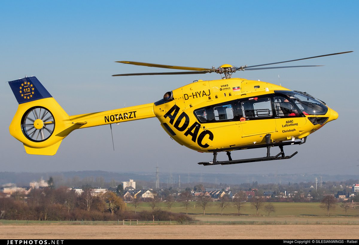 Elicottero H145 : D hyaj airbus helicopters h adac luftrettung
