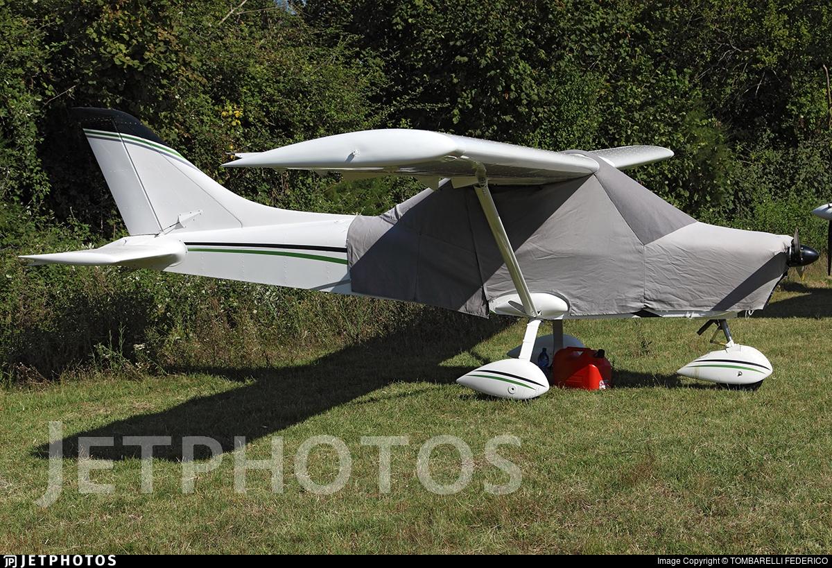 I-8209 - Nando Groppo G70 - Private