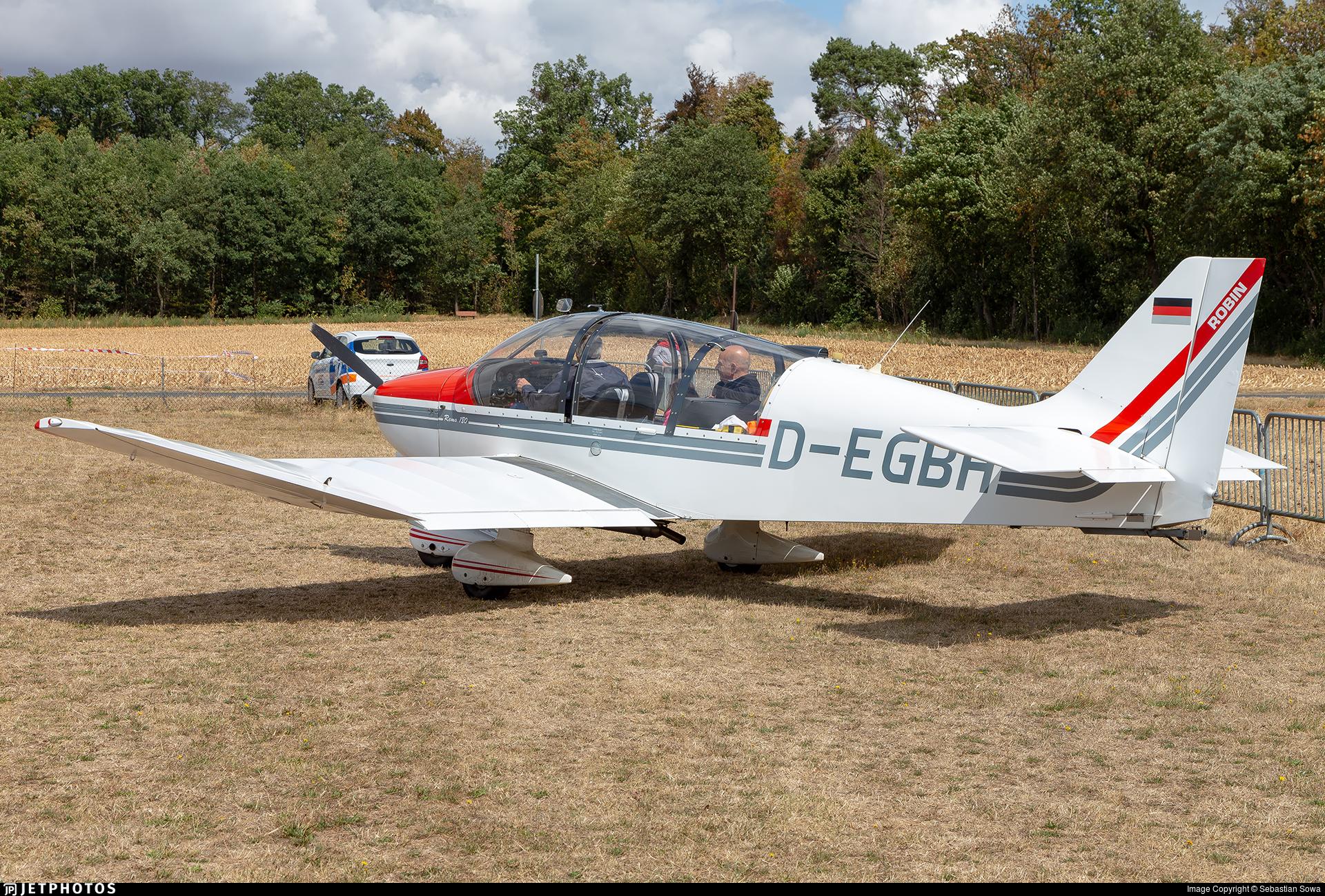 D-EGBH - Robin DR400/180R Remorqueur - LSC Bad Homburg