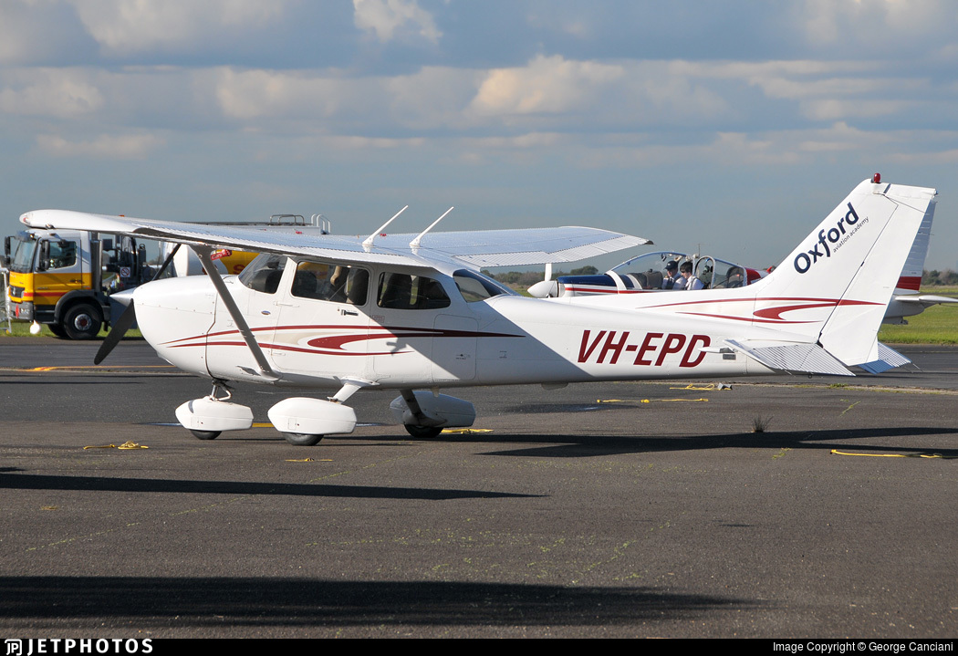 VH-EPD - Cessna 172S Skyhawk SP - Oxford Aviation Academy (Australia)