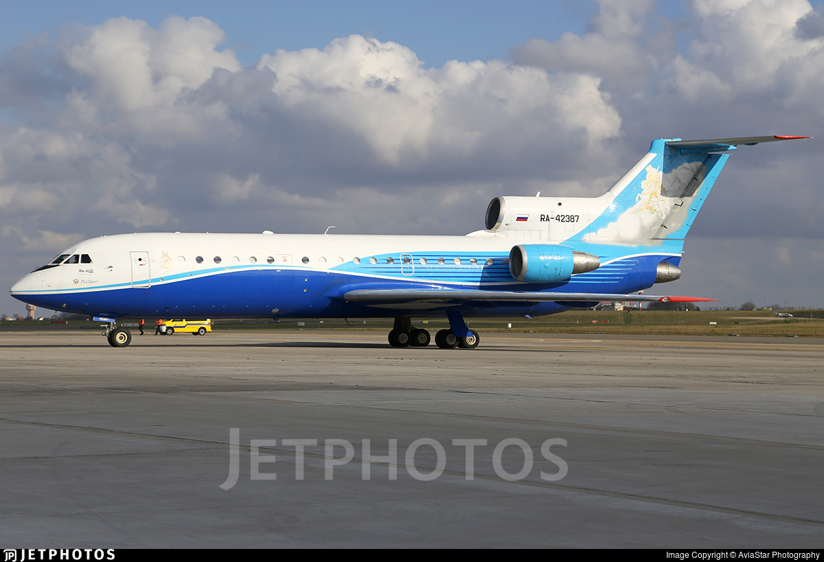 RA-42387 - Yakovlev Yak-42D - RusJet