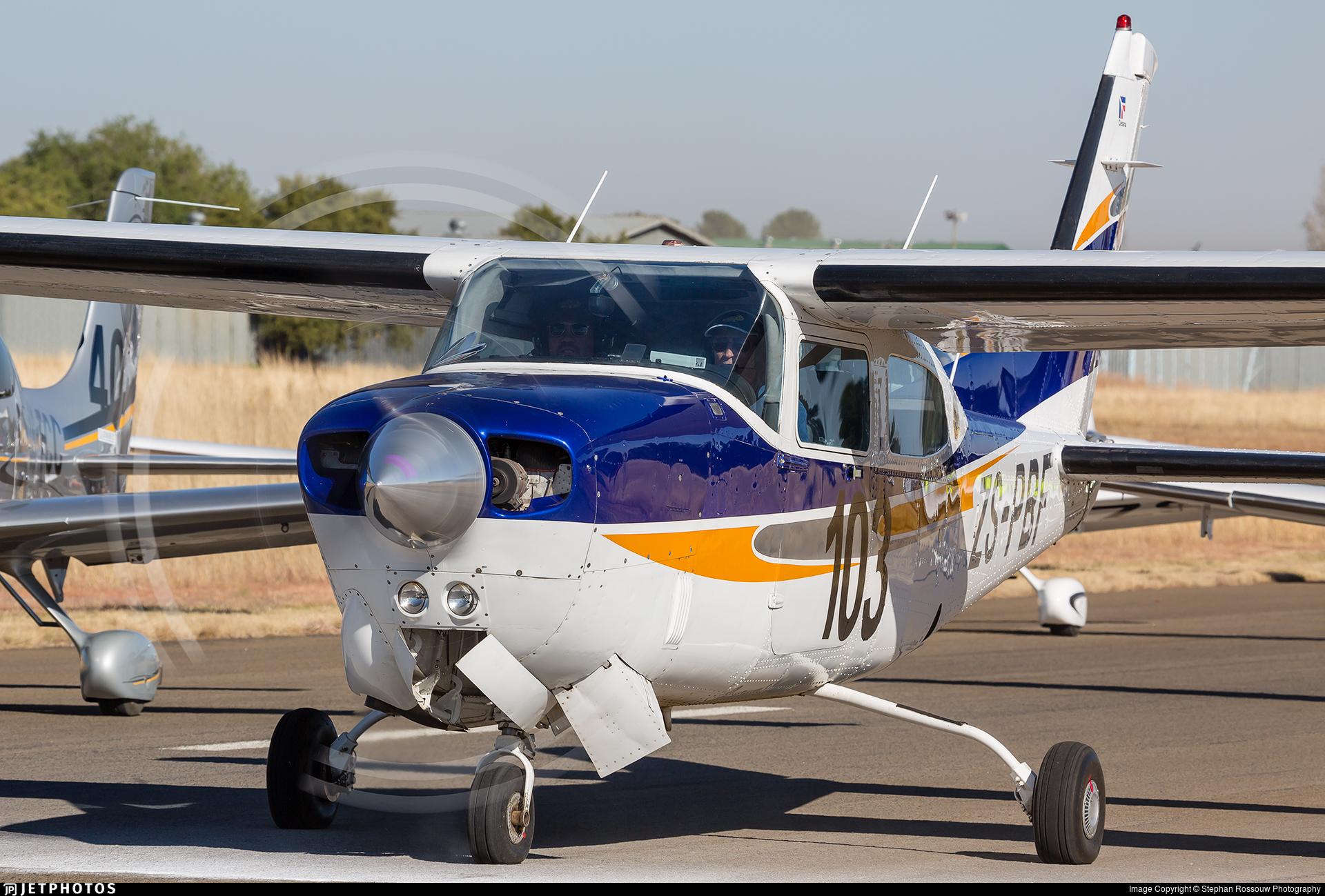 ZS-PBF - Cessna T210R Turbo Centurion II - Private