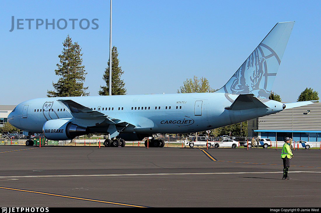 N767CJ - Boeing 767-24Q(ER) - Elan Express