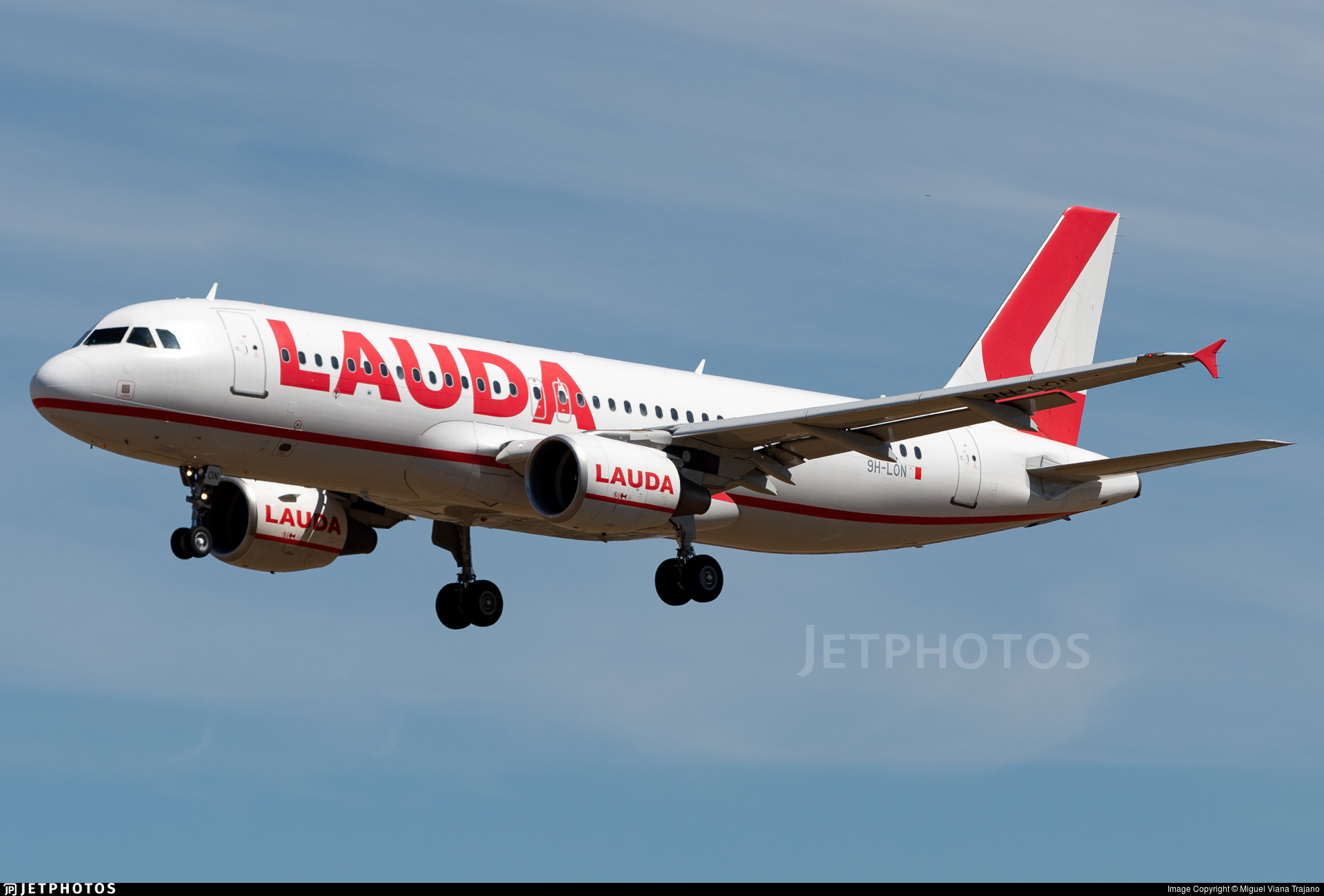 9H-LON - Airbus A320-214 - Lauda Europe