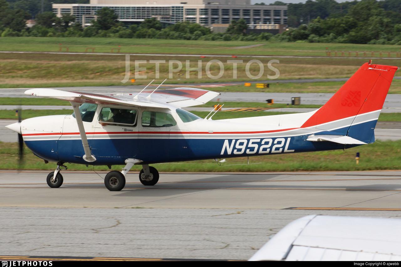 N9522L - Cessna 172P Skyhawk - Yellow Jacket Flying Club