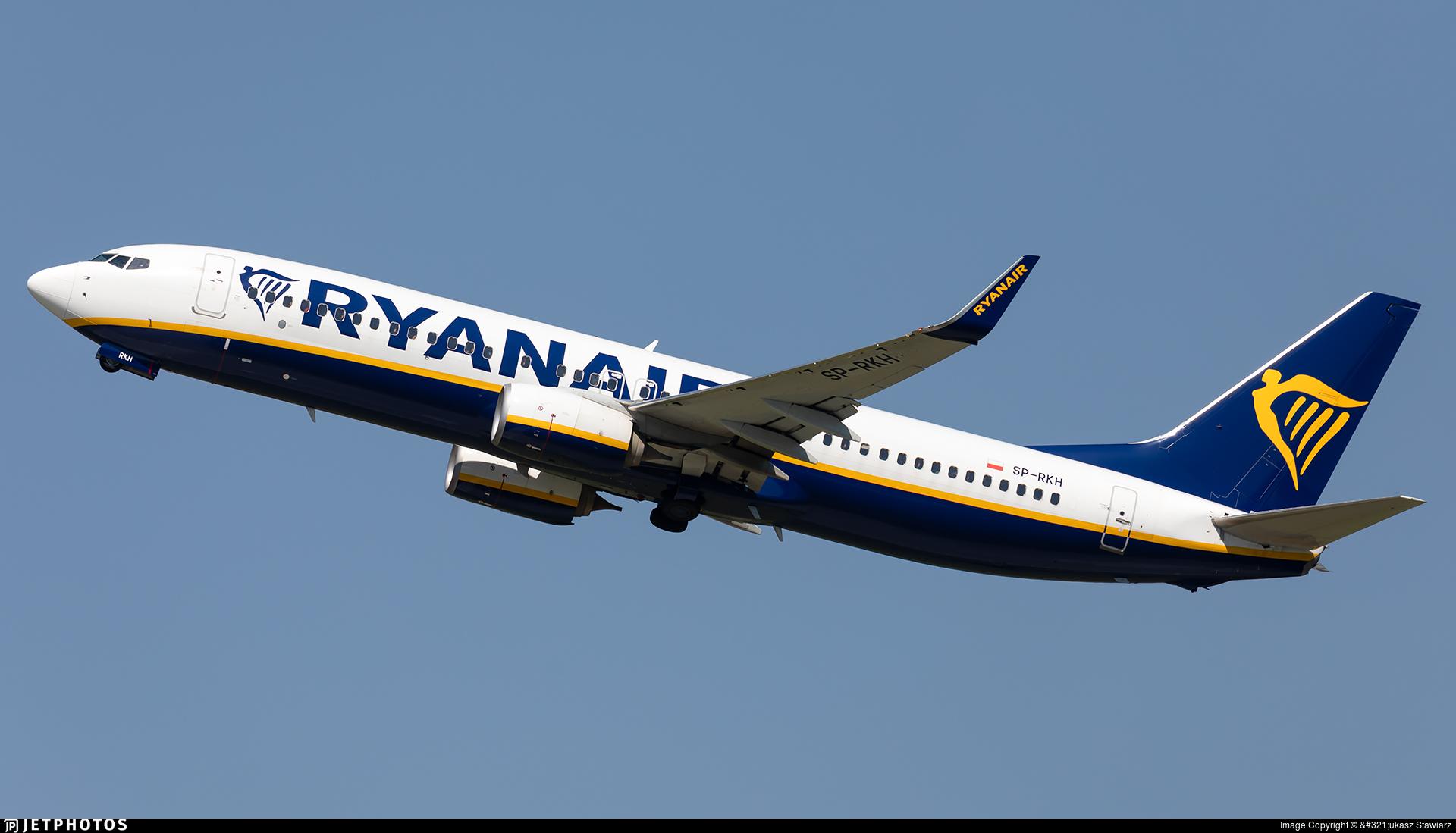 SP-RKH - Boeing 737-8AS - Ryanair Sun