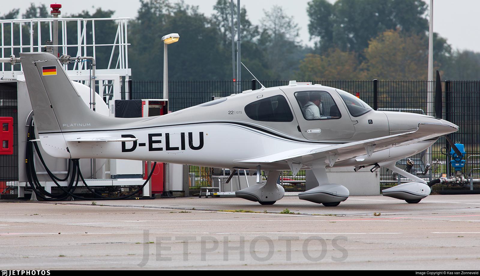 D-ELIU - Cirrus SR22-GTS G6 Platinum - Private