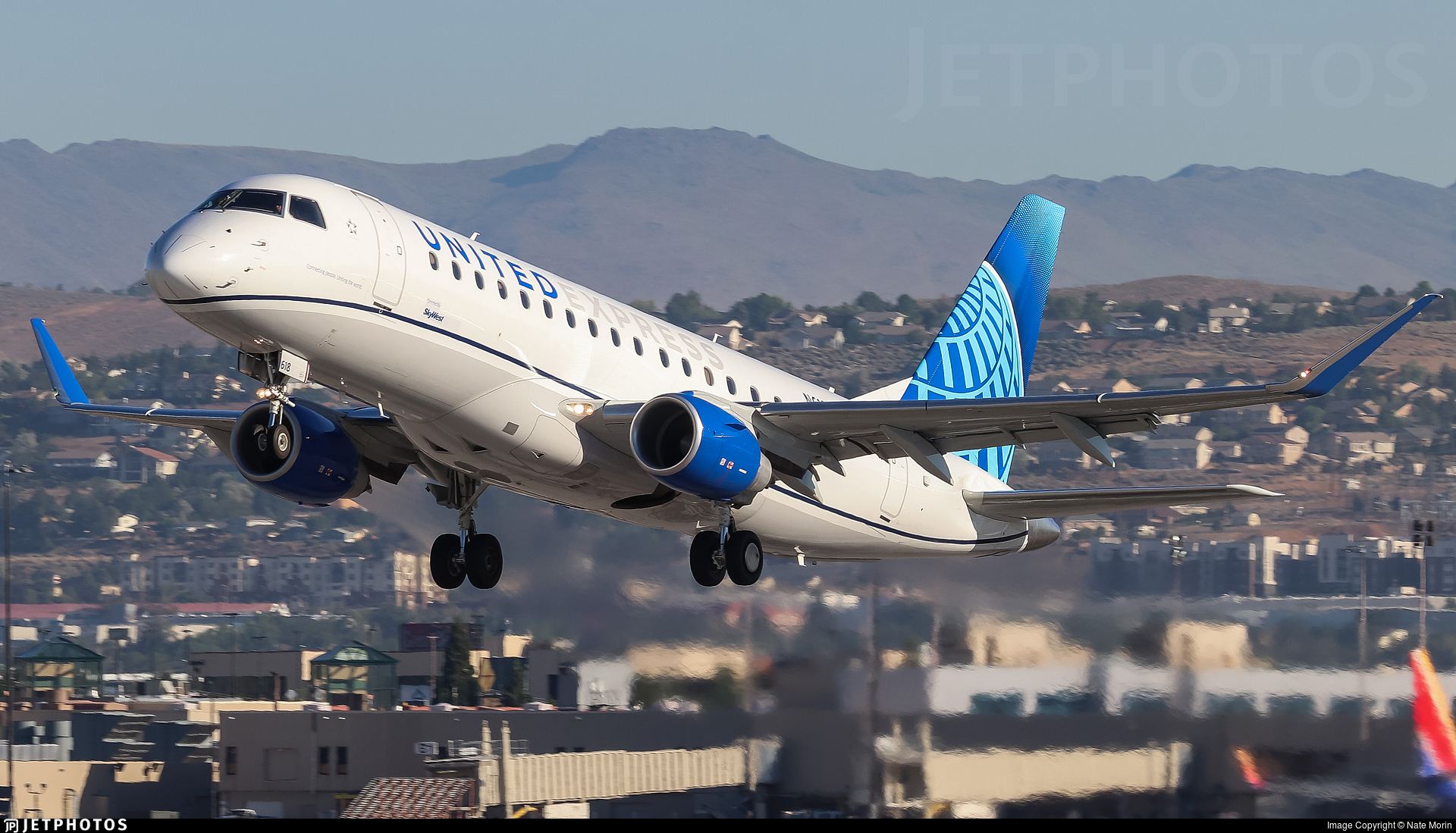 N618UX - Embraer 170-200LL - United Express (SkyWest Airlines)