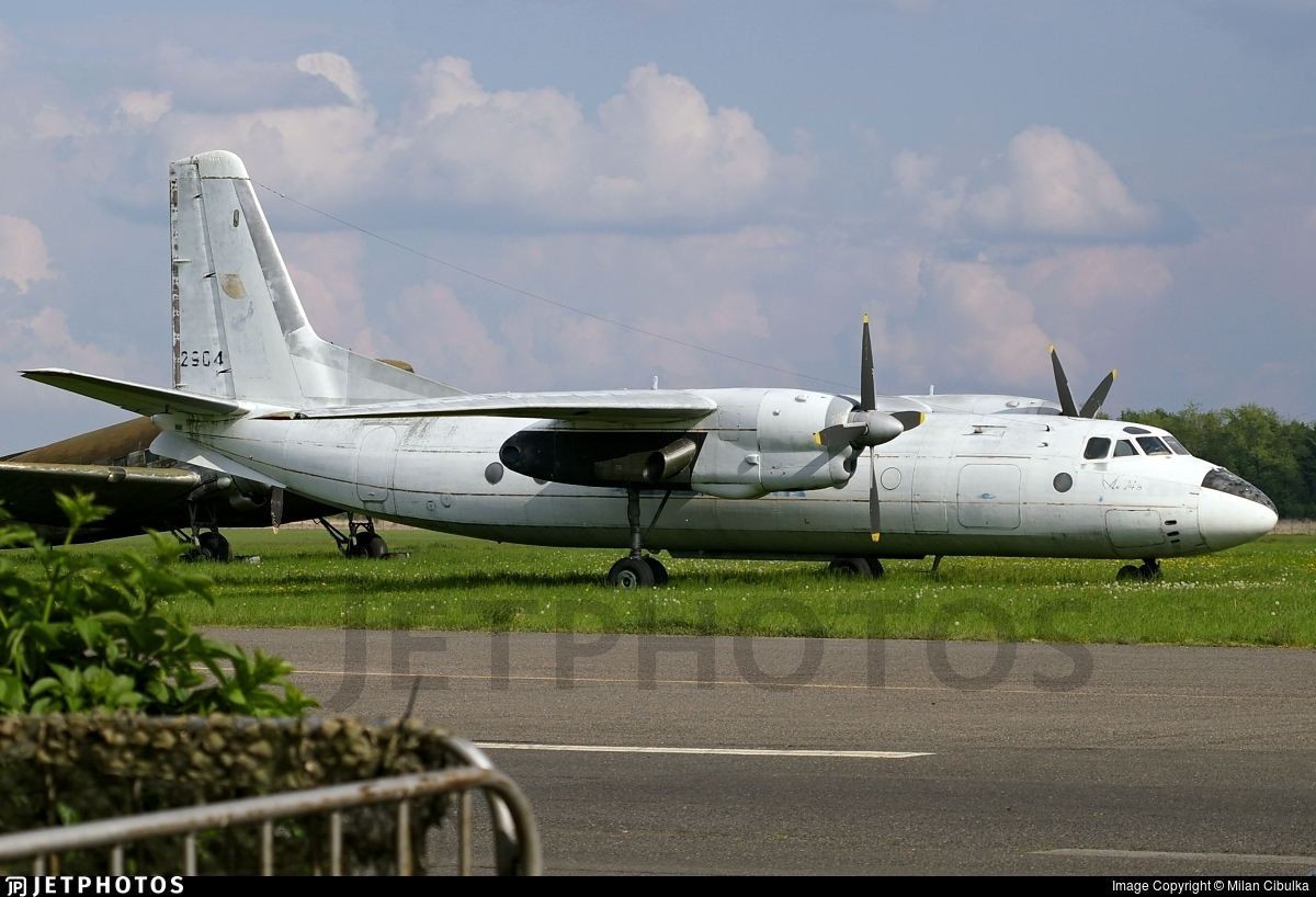 2904 - Antonov An-24B - Czech Republic - Air Force