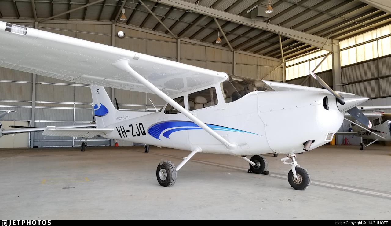 VH-ZJQ - Cessna 172S Skyhawk SP - Aerodynamic Flight Academy (ADFA)