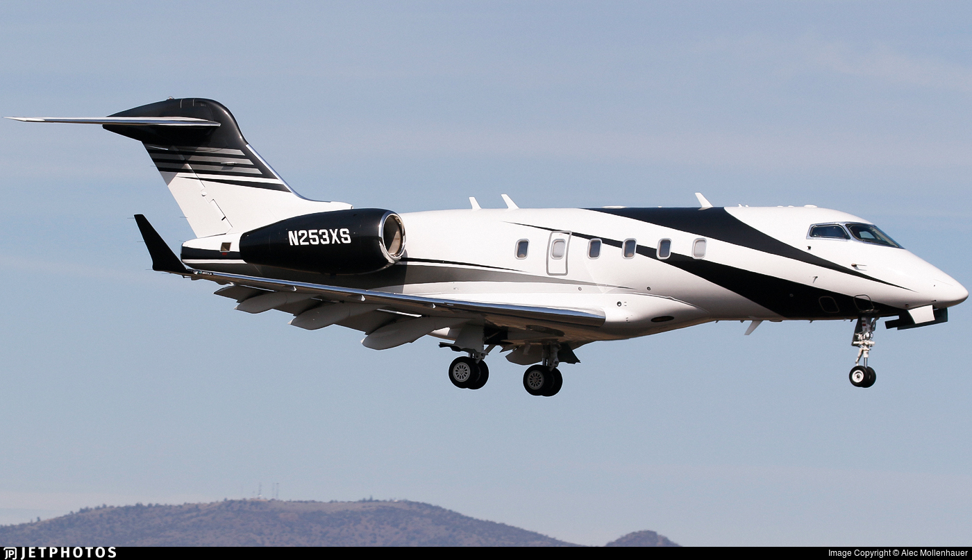 N253XS - Bombardier BD-100-1A10 Challenger 300 - Private