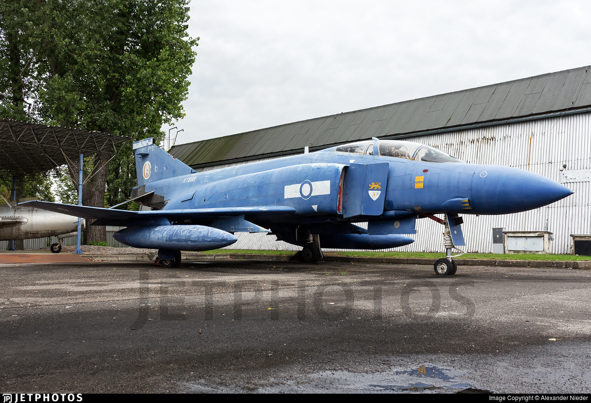 XT899 - McDonnell Douglas Phantom FGR.2 - United Kingdom - Royal Air Force (RAF)