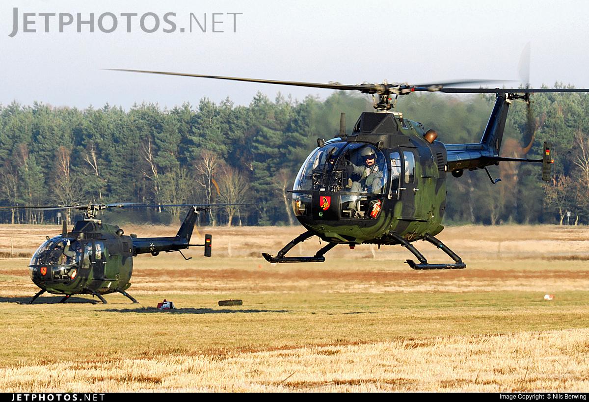 87-11 - MBB Bo105P1 - Germany - Army