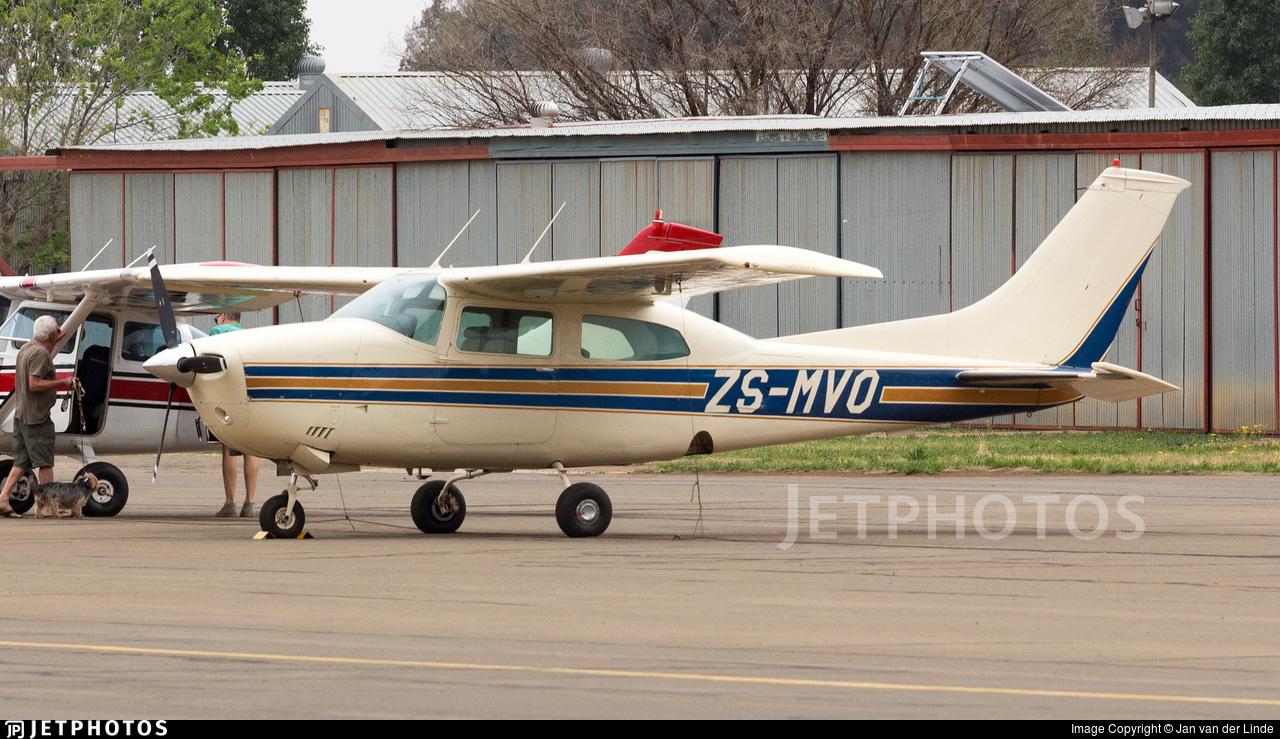 ZS-MVO - Cessna T210L Turbo Centurion  - Private