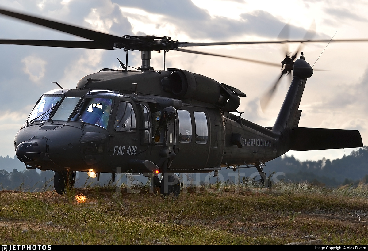 FAC4138 - Sikorsky MH-60L Ángel - Colombia - Air Force