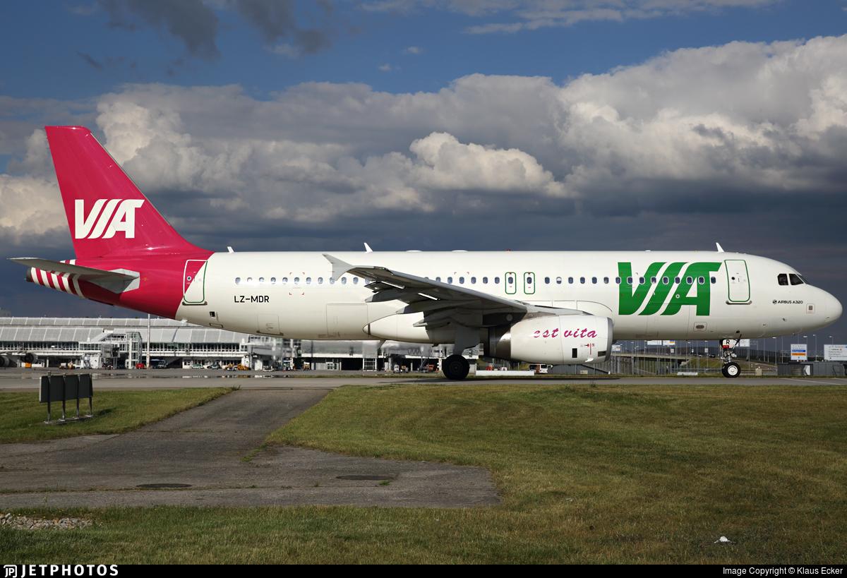 LZ-MDR - Airbus A320-232 - Air Via