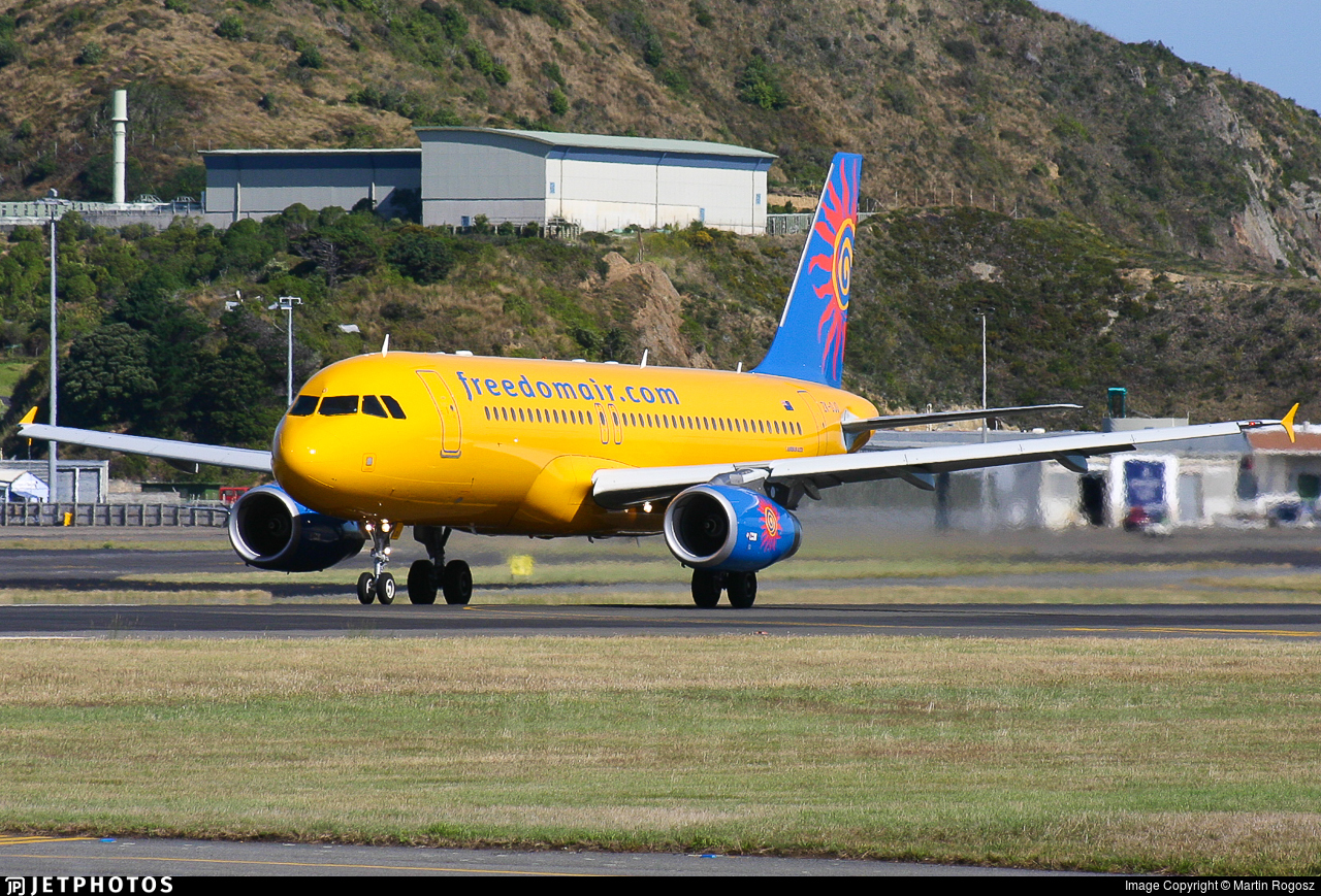ZK-OJO - Airbus A320-232 - Freedom Air
