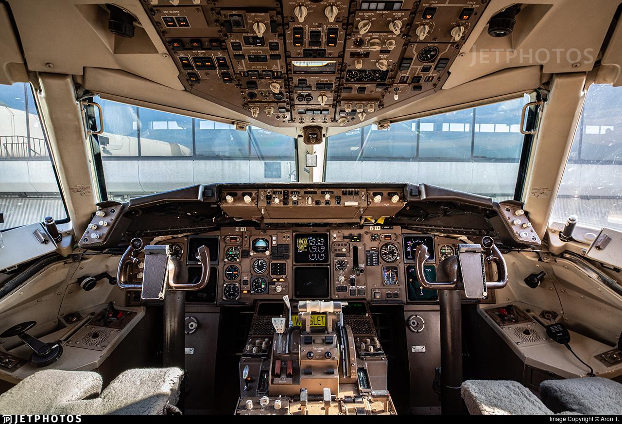 N518UA - Boeing 757-222 - United Airlines