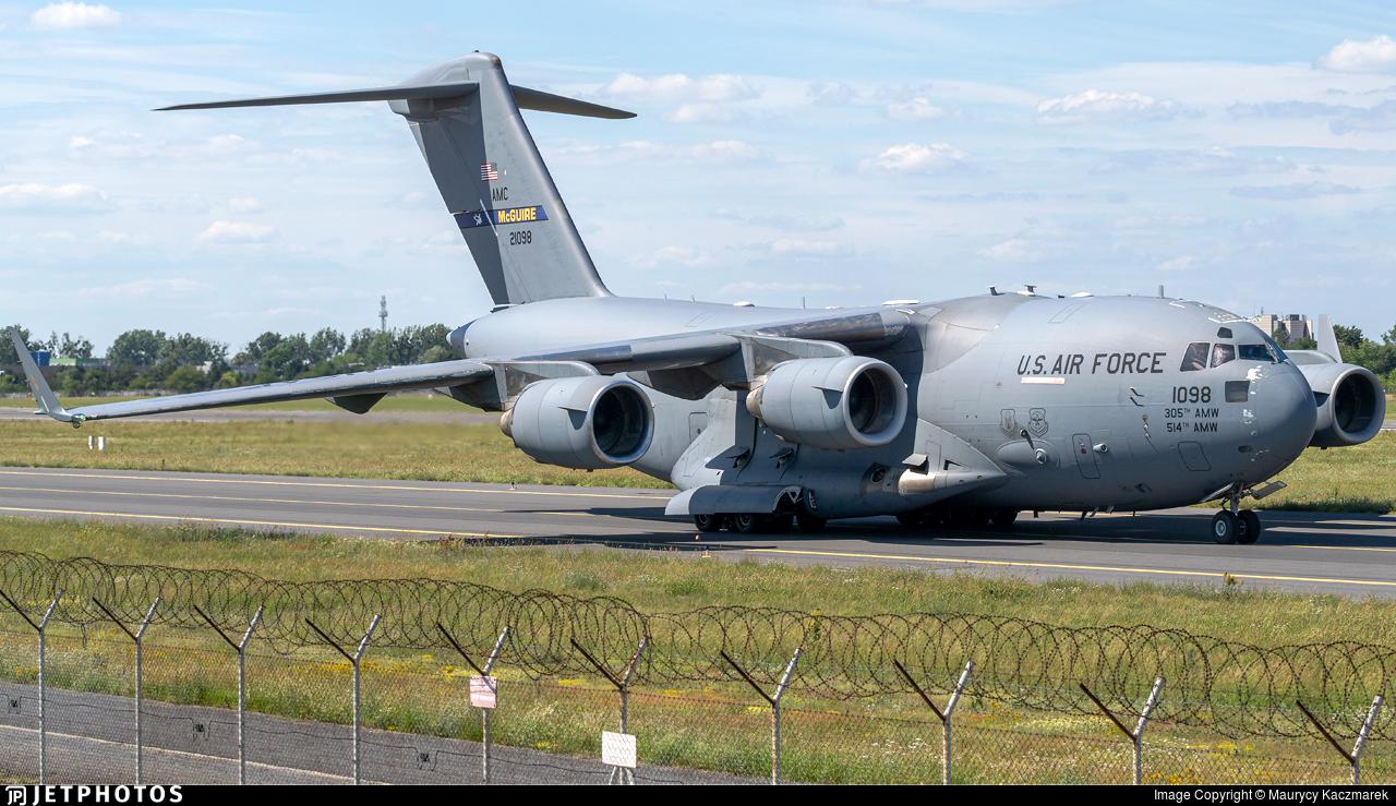 02-1098 - Boeing C-17A Globemaster III - United States - US Air Force (USAF)