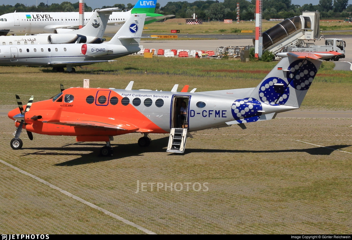 D-CFME - Beechcraft B300 King Air 350 - Flight Calibration Services (FCS)