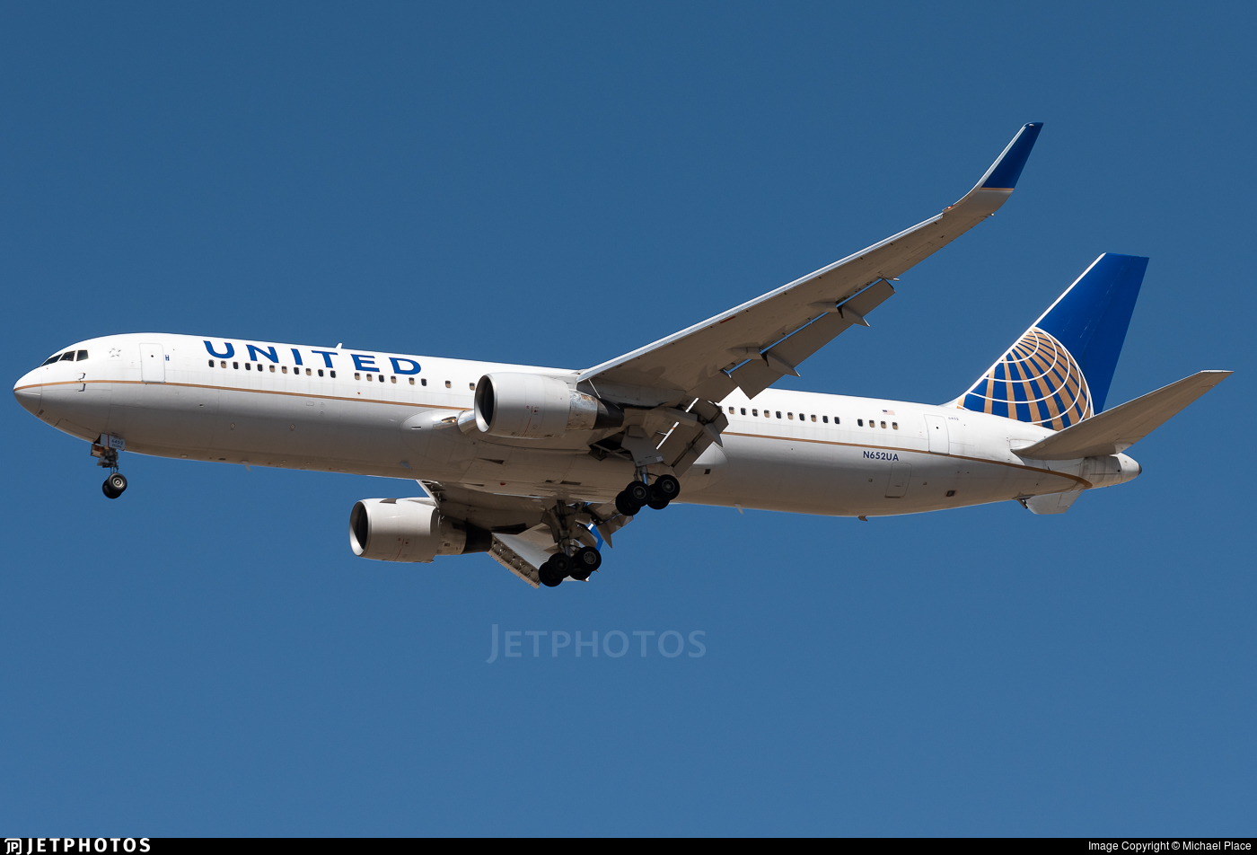 N652UA - Boeing 767-322(ER) - United Airlines