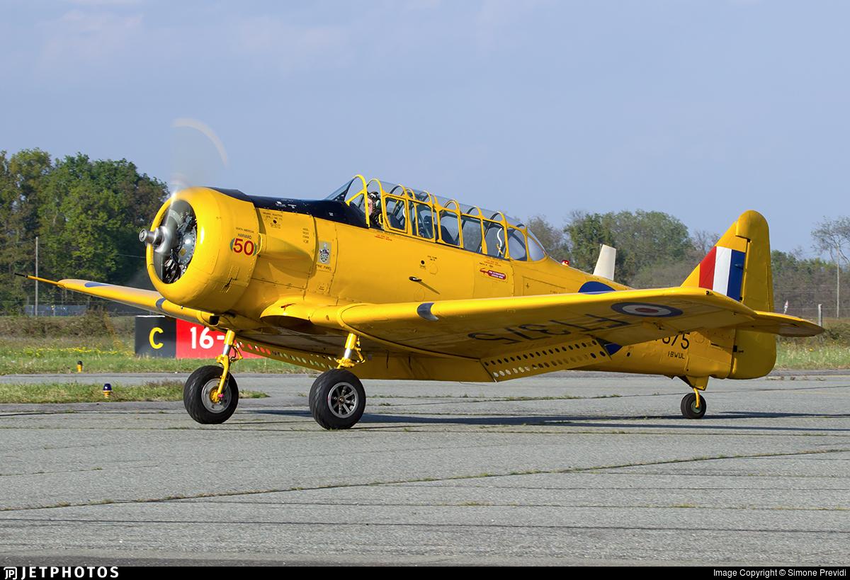 I-BWUL - North American AT-6 Texan - Private