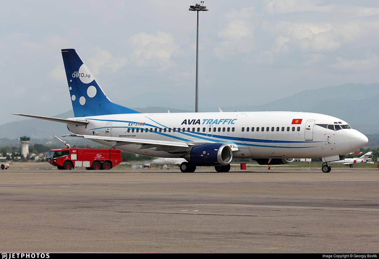EX-37010 - Boeing 737-3L9 - ATC - Avia Traffic Company