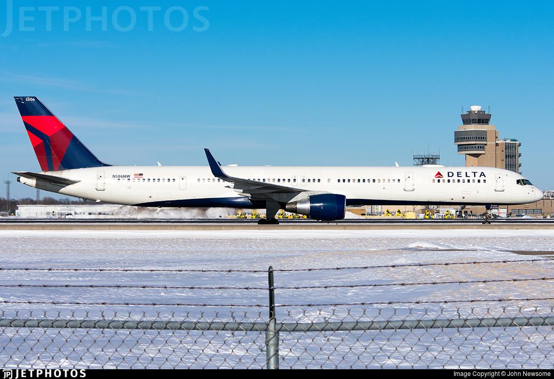 N586NW - Boeing 757-351 - Delta Air Lines