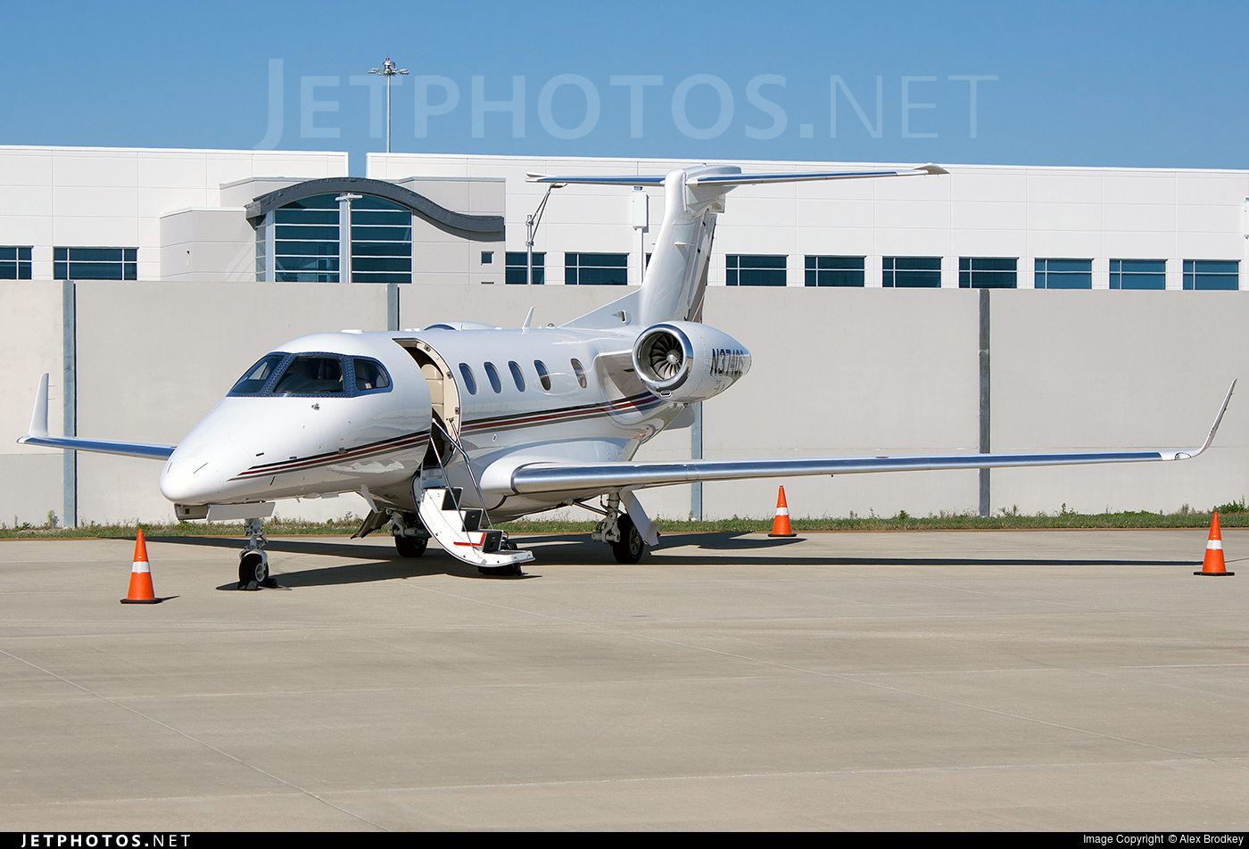 N374QS - Embraer 505 Phenom 300 - NetJets Aviation