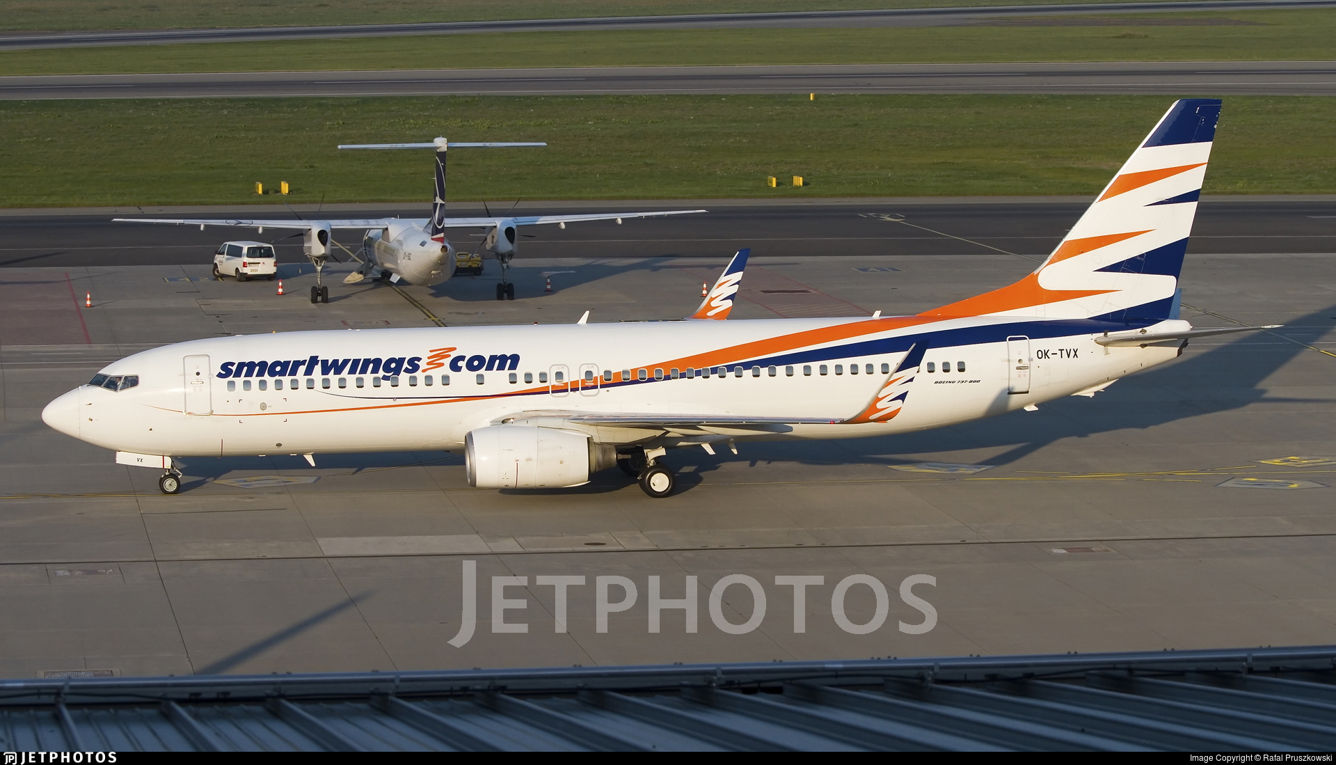 OK-TVX - Boeing 737-8Z9 - SmartWings