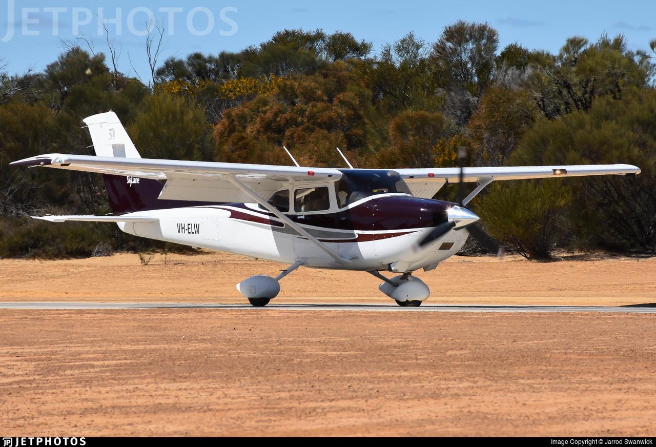 VH-ELW - Cessna 182T Skylane - Dunn Aviation