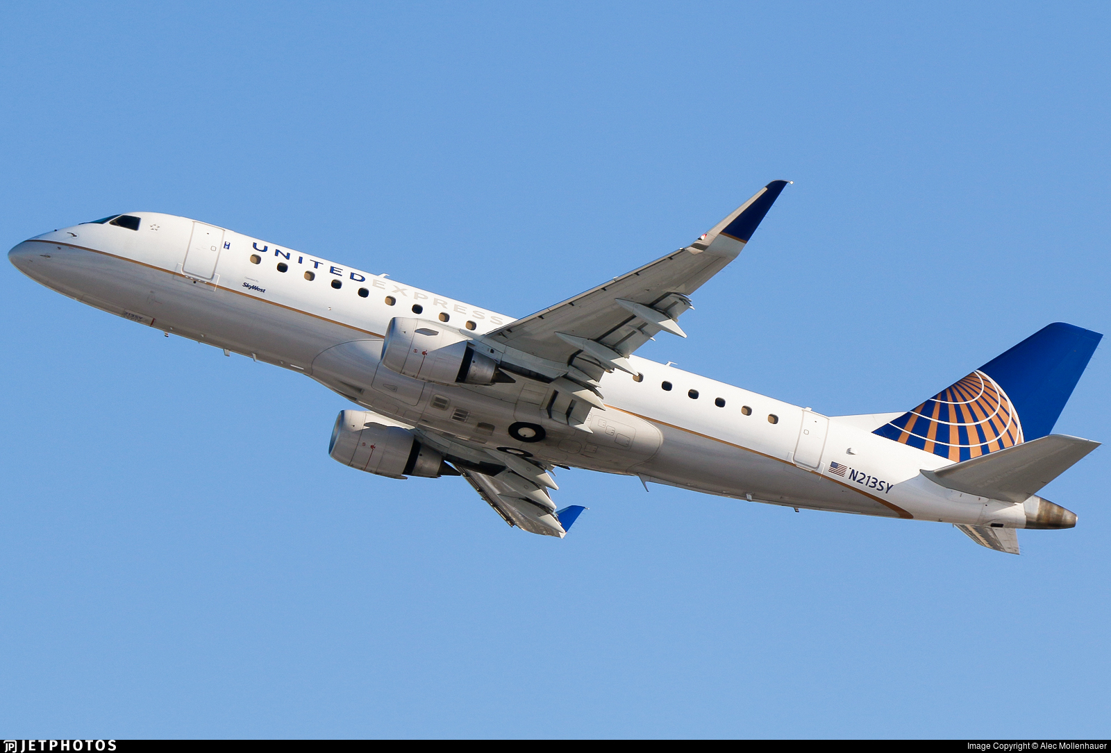 N213SY - Embraer 170-200LR - United Express (SkyWest Airlines)