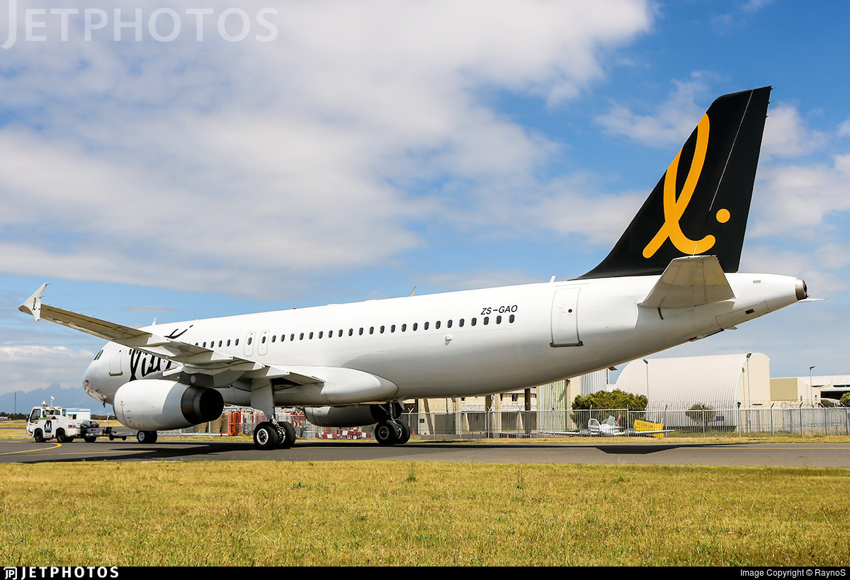 ZS-GAO - Airbus A320-231 - LIFT Airline